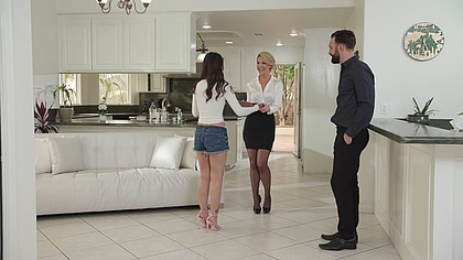 Kit Mercer's Naughty Pizza and Threesome Night With Aria Lee GP1586