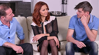 Wild Colombian Cuckquean Veronica Leal is Comforted by Two Cocks at Once GP1758