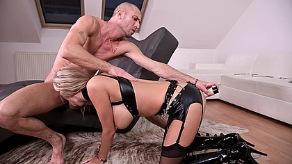 BDSM slut Florane Russell double penetrated with a big dick and a dildo GP1215